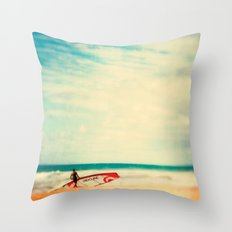 Time to surf Throw Pillow