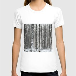White trees-winter forest T-shirt