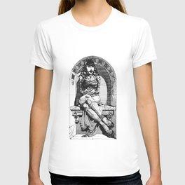 Lady in niche T-shirt
