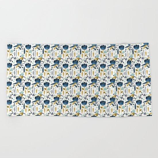 Acuarela Blue Flowers Pattern Beach Towel