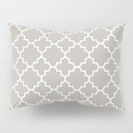 Classic Quatrefoil pattern, warm grey Pillow Sham