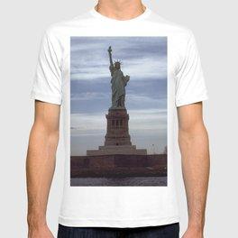 Statue of Liberty Photograph - 6 T-shirt