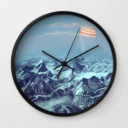 astronaut returns Wall Clock
