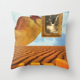 Cuerpos del desierto  Throw Pillow