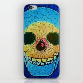 CRÁNEOS 28 iPhone Skin