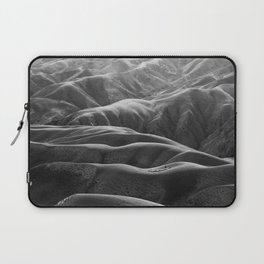 Endless Valleys (Black and White) Laptop Sleeve