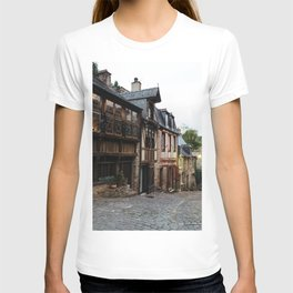 Old street in the town of Dinan at dusk T-shirt