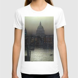 St. Paul's Cathedral on the River Thames, London by Louis H. Grimshaw T-shirt