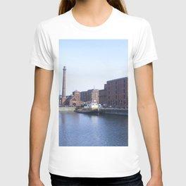 Pump house Pub and the Albert Dock T-shirt