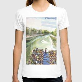 A choppy Seine makes for a fun ride on the Bateau Mouche - Paris T-shirt