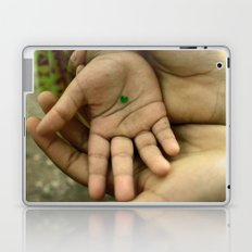 My heart in your hand Laptop & iPad Skin