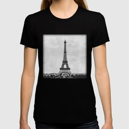 Eiffel tower, Paris France in black and white with painterly effect T-shirt