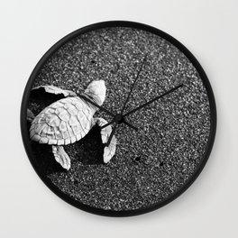 Guatemala - Sea Turtle to the Sea Wall Clock