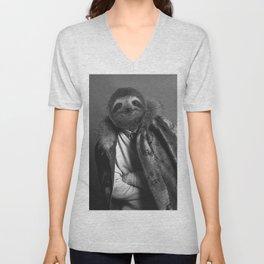 Model Sloth Unisex V-Neck