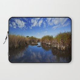 alligator in the distance Laptop Sleeve
