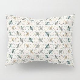Xoxo Feathers Boho Decoration Pillow Sham
