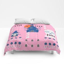 Fantastic Halloween in pink Comforters