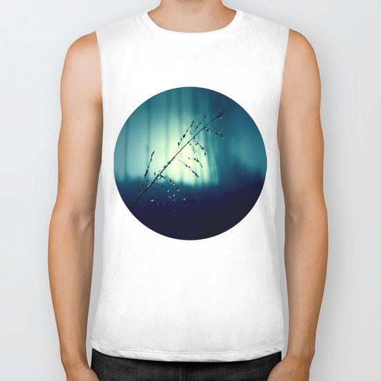 Blue Willow in the rain Biker Tank