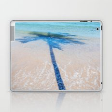 TREE IN SEA Laptop & iPad Skin