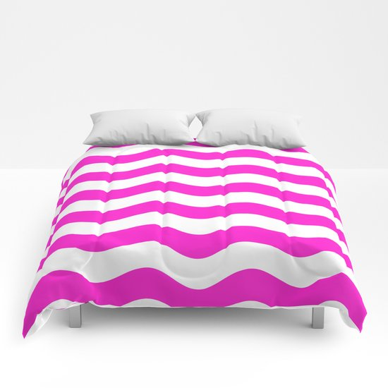 Wavy Stripes (Hot Magenta/White) Comforters