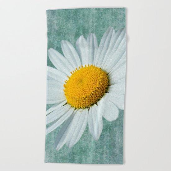 Daisy Head Beach Towel