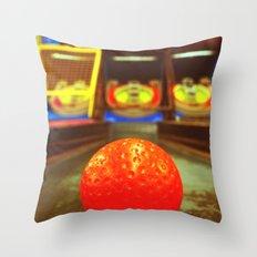 Skee ball fun Throw Pillow