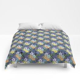 Fleurs à la folie Comforters