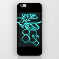 Enter the new 80s iPhone & iPod Skin