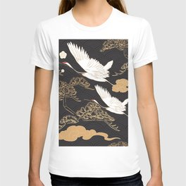 Japanese seamless pattern with crane birds and bonsai trees T-shirt
