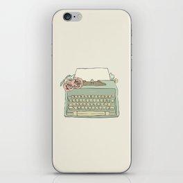Retro typewriter iPhone Skin