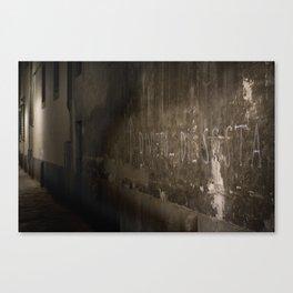 + Devieto di sosta - Firenze (ITA) Canvas Print