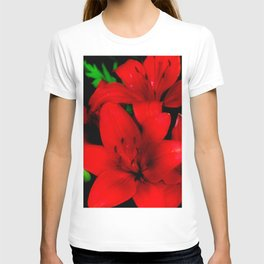 red lilies T-shirt