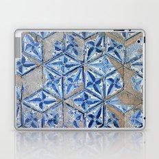 Tiling with pattern Laptop & iPad Skin