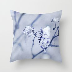 seeds & droplets Throw Pillow