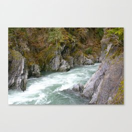 around the riverbend Canvas Print