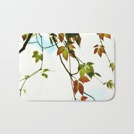 Creeper in autumn colors Bath Mat