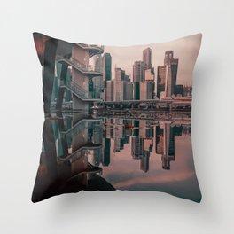 Mirror effect Throw Pillow
