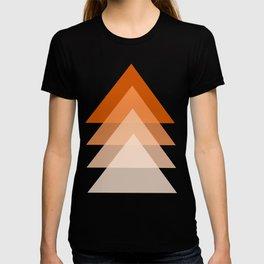 orange triangles on white background T-shirt
