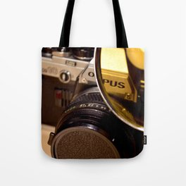 Old Camera with Magnifying Glass Tote Bag