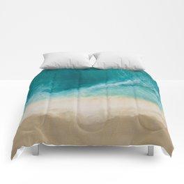 7 mile miracle horizontal Comforters