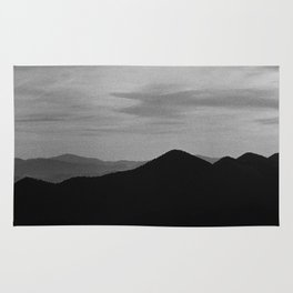 Fine mountains lines Rug