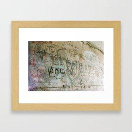 walk dell amour Framed Art Print