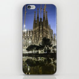 Sagrada Familia / Gaudí-Barcelona iPhone Skin