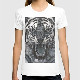Tiger Roar! - By Julio Lucas T-shirt