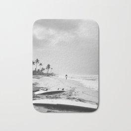 Back and white surf beach photo Bath Mat
