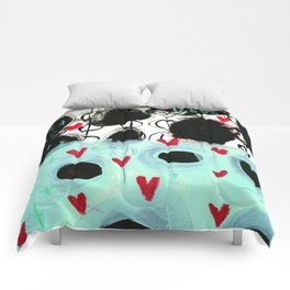 Falling Hearts Comforters