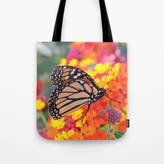 Monarch Feeding on Lantana Tote Bag