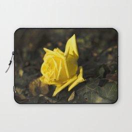 Qu'ils mangent de la brioche XII - Yellow Rose Laptop Sleeve