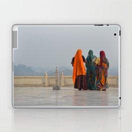 Colourful Indian women at Taj Mahal Laptop & iPad Skin
