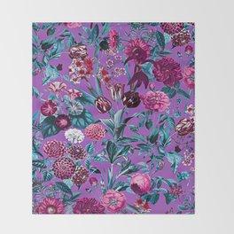 Romantic Floral Pattern Throw Blanket